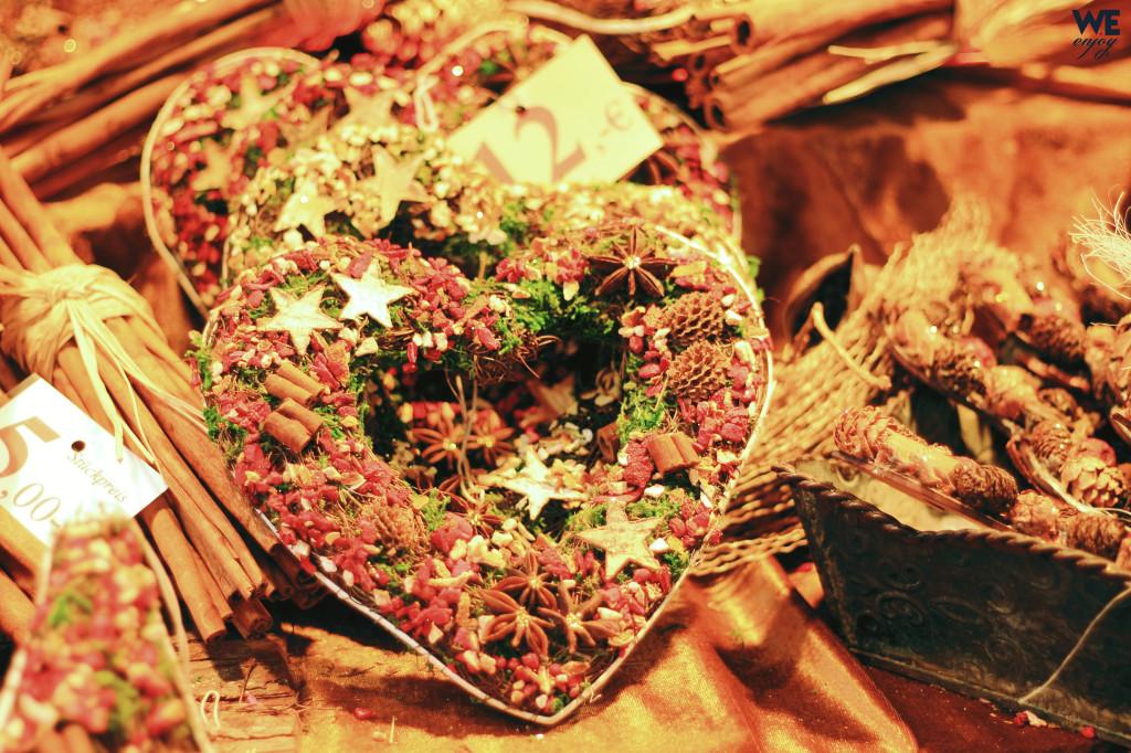 Beautiful wreath at Christmas Market